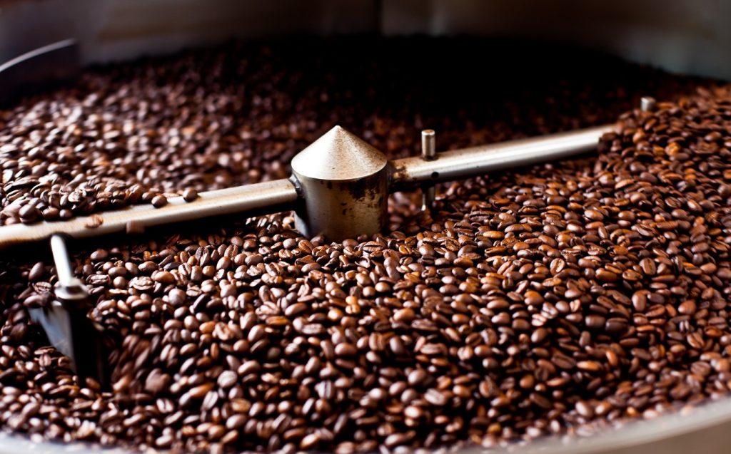 Rang xay là quá trình quan trọng tạo nên hương vị cà phê